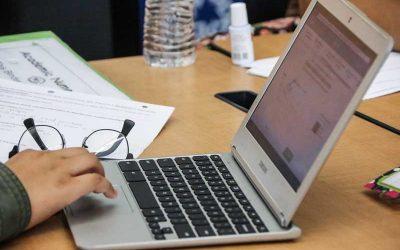 Photo closeup of laptop computer